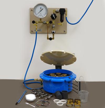 Extratores Richards de umidade do solo por pressão (panelas de Richards) para estudo de curva de retenção de água no solo